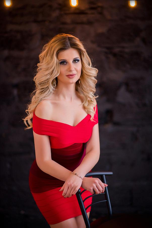 Kristina, Ukraine bride for romantic