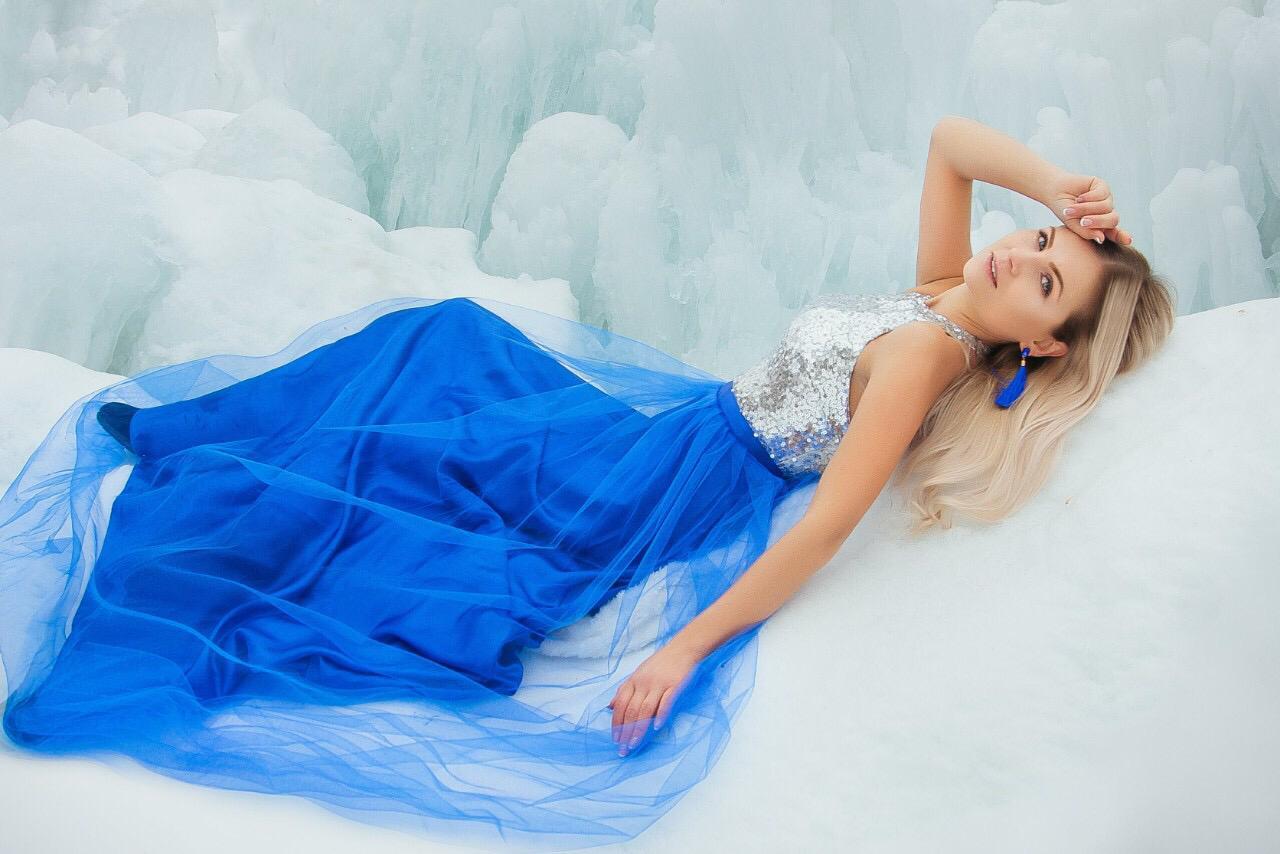 Ksenya, Ukraine bride for romantic