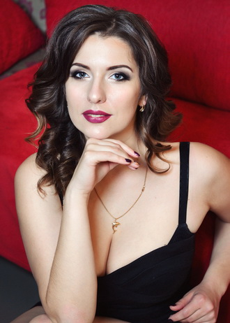 Irina, Ukraine bride for romantic