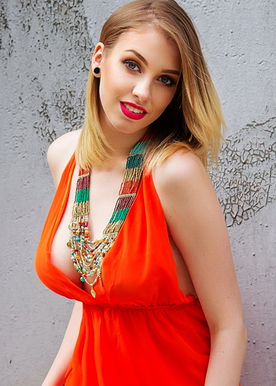 Viktoria, Ukraine bride for romantic