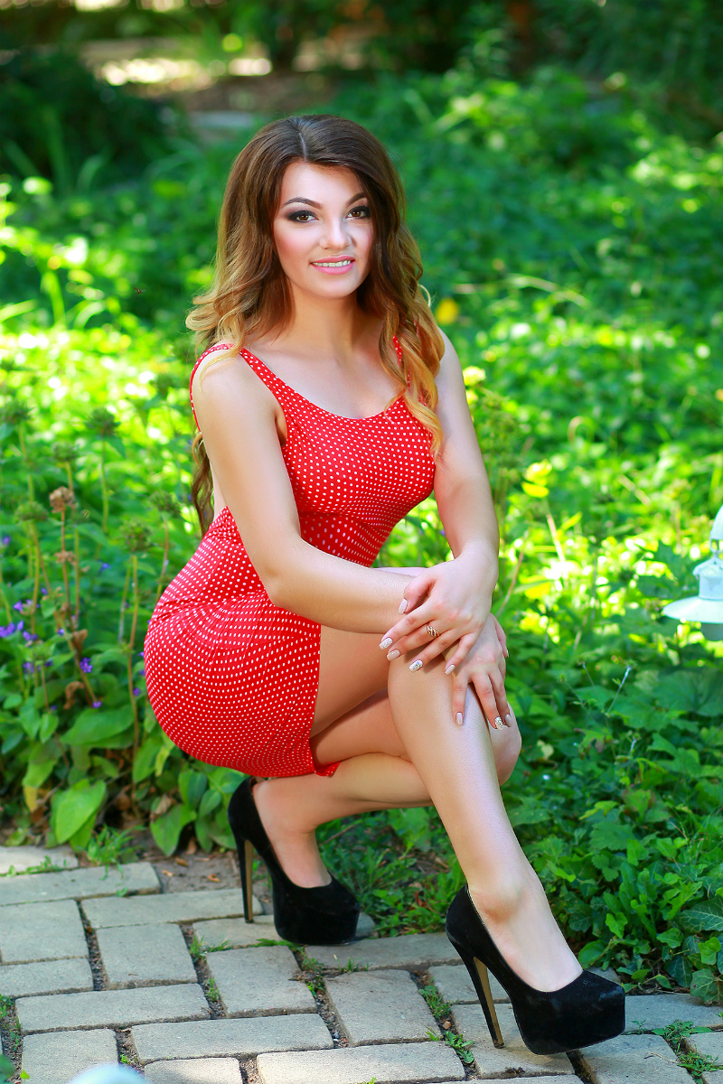 russian dating agency photos There are many dating sites these days, and if you're interested in online russian dating, you need to choose the most reliable and quality site we created bridesbay with that in mind the site is the best platform for meeting girls from ukraine, russia, belarus, and other slavic countries.