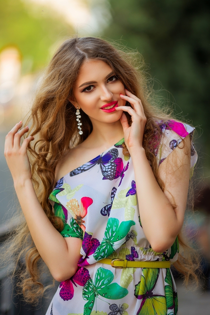 Ilona, Ukraine bride for romantic